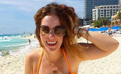 Rachel Hollis Bikini Pic Goes Viral: Check Out My Stretch Marks!