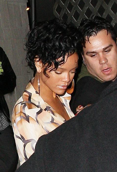 Rihanna Lookin' Good