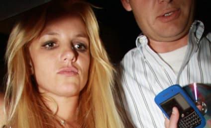 Britney Spears Really Sucks at Singing