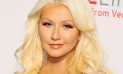 Gwen Stefani & Blake Shelton: Feuding With Christina Aguilera?!