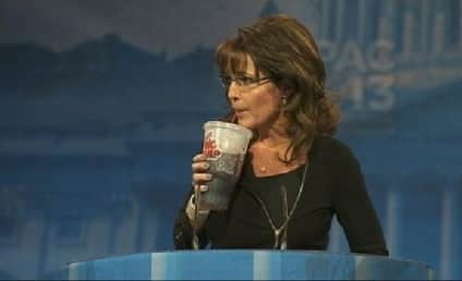 Sarah Palin Likens Obama to Bernie Madoff, Drinks From Big Gulp, Jokes About Gun Rack