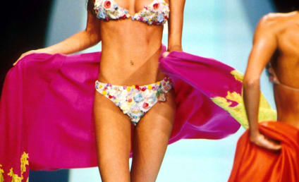 Gisele Bundchen in a Bikini: Yup, Still Gorgeous!