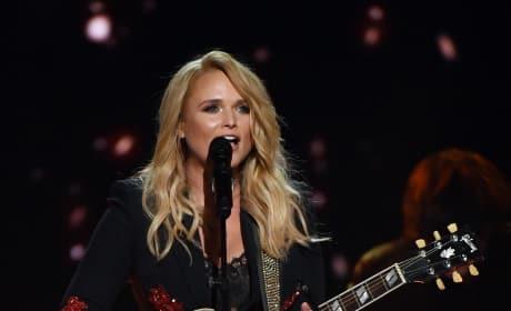 Miranda Lambert on Guitar
