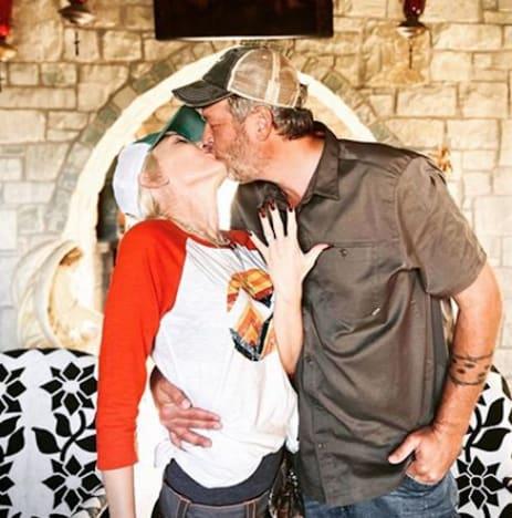 Gwen Stefani and Blake Shelton Announcement