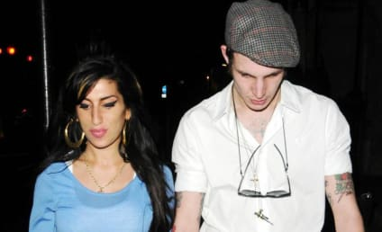 Amy Winehouse: Cheating on Blake Fielder-Civil with ...