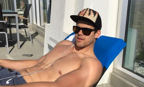 Kris Humphries With No Shirt On