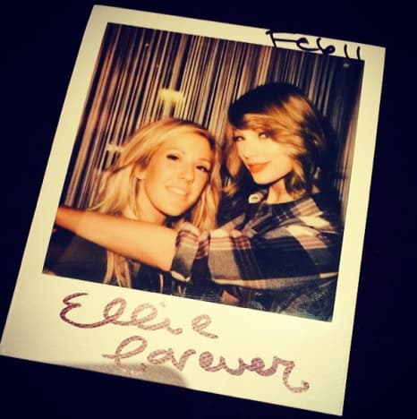 Taylor Swift Haircut Photo