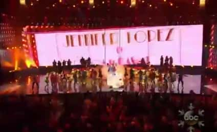 Jennifer Lopez Pays Tribute to Celia Cruz at American Music Awards