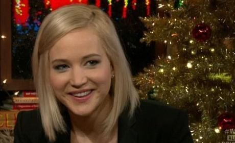 Jennifer Lawrence Reveals if She Would Ever Hook Up With Justin Bieber!