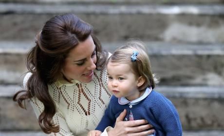 Kate Middleton Wardrobe Malfunction Image