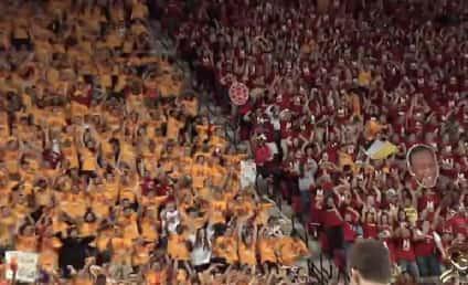 Maryland Harlem Shake, Flash Mob Take Over Entire Arena
