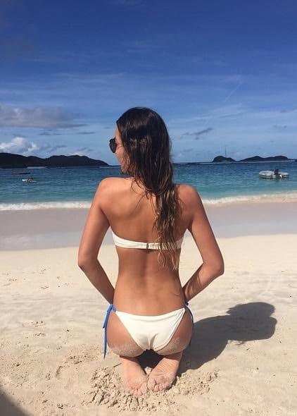 Chloe Bartoli Butt Selfie