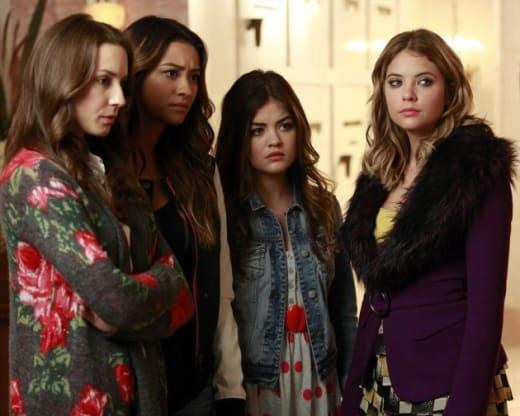 Pretty Little Liars Winter Premiere Recap: Who\'s in the Box ...