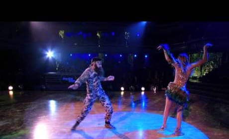 Sadie Robertson and Mark Ballas - Dancing With the Stars Samba