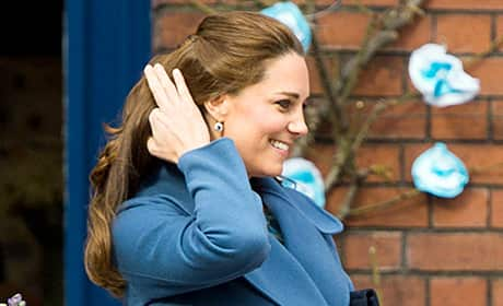Kate Middleton Baby Bump, Blue Coat