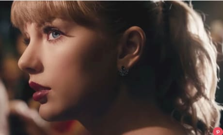 Taylor Swift, Nice and Up Close