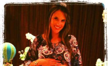 Alessandra Ambrosio Twit Pic