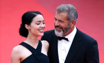 Rosalind Ross: Pregnant with Mel Gibson's NINTH Child!