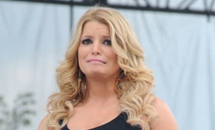 Jessica Simpson: Working Out!