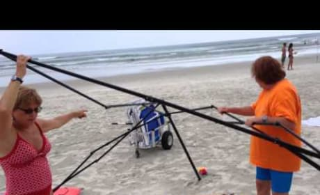 Florida Man Confronts Beach Thieves