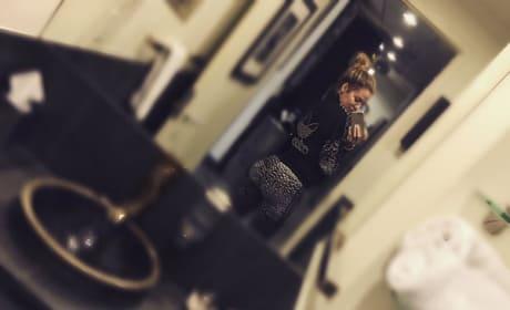 Khloe Kardashian Belfie