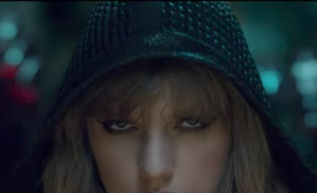 Taylor Swift Stare