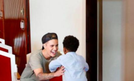 Justin Bieber Makes Heartwarming Appearance on Knock Knock Live