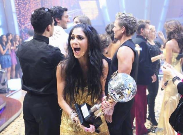 Nicole Scherzinger Wins!