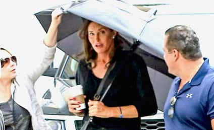 Caitlyn Jenner Steps Out, Speaks to Transgender Youth