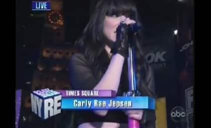 New Year's Eve Performances: Carly Rae Jepsen! Brandy! Pitbull!