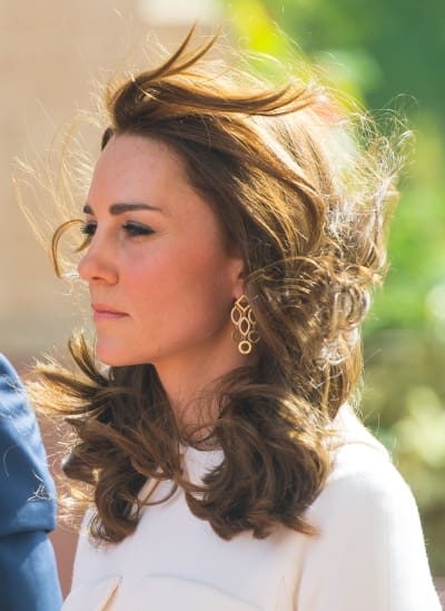 Kate Middleton's Hair Gets Swept Away in New Delhi