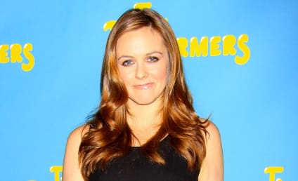 Alicia Silverstone Breast Milk Sharing Program: Launched!