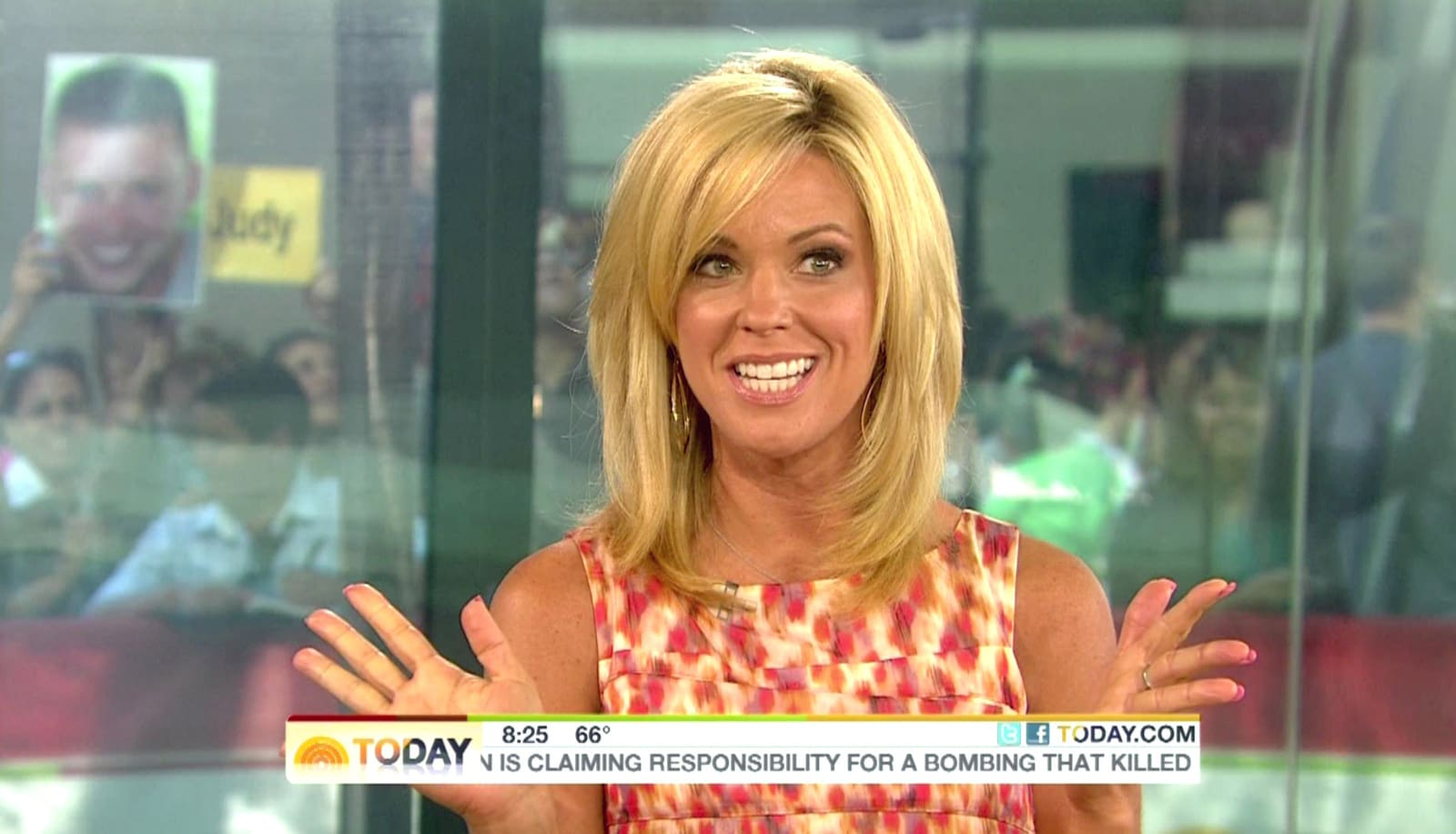 kate gosselin shows off new hairstyle! - the hollywood gossip