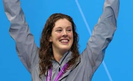 Allison Schmitt Swims, Laughs to Olympic Gold Medal