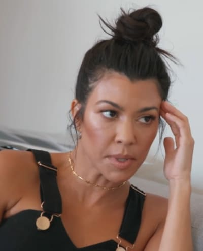 Kourtney Kardashian Speaks to Kim, KUWTK