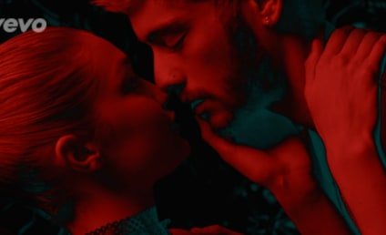 Zayn Malik and Gigi Hadid Make Out Alert!!!