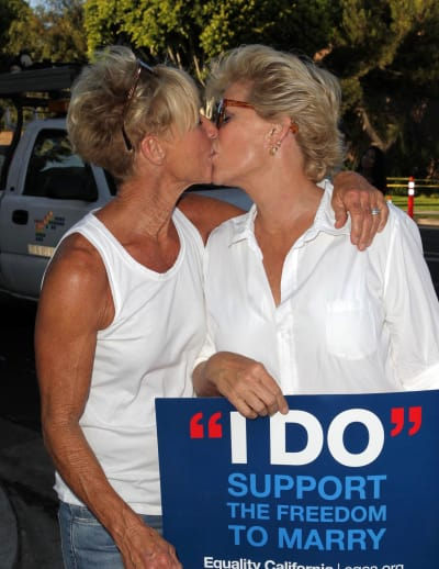 meredith baxter and nancy locke  married