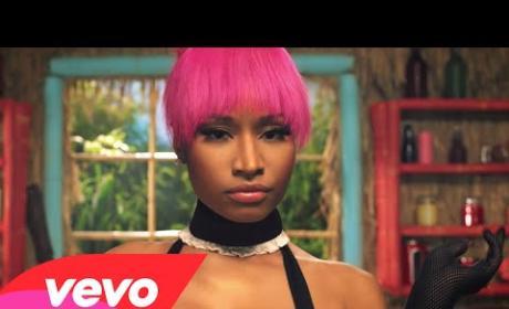 """Nicki Minaj - """"Anaconda"""" (Music Video)"""