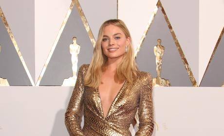 Margot Robbie: 2016 Academy Awards