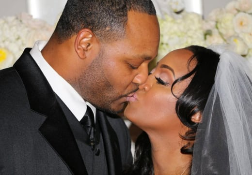 Keshia Knight Pulliam and Ed Hartwell wedding kiss