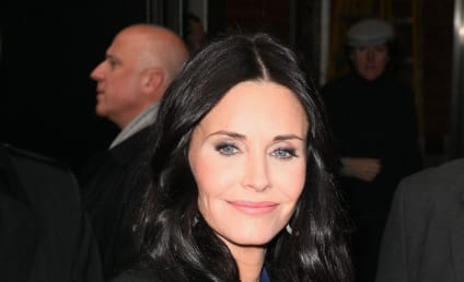 Courteney Cox Also Files for Divorce
