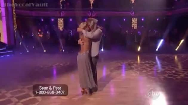 Who's dating who on dancing with the stars