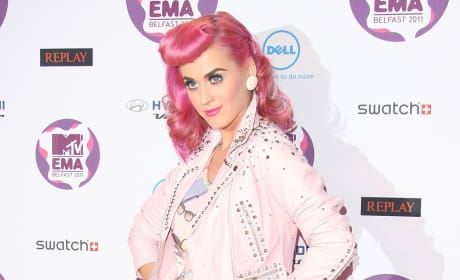 Katy Perry, Pink Hair