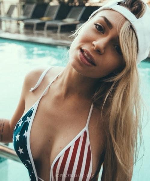 Annalu Cardoso: American Flag Bikini Photo