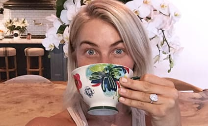 Julianne Hough Engagement Ring: Not Small!!!