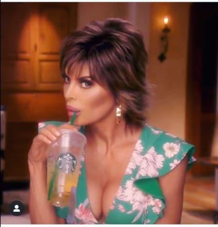 Lisa rinna bebe su té