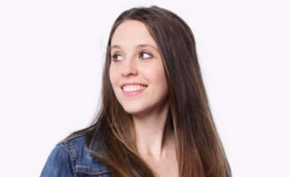 Jill Duggar Swimsuit Photo: REVEALED!!