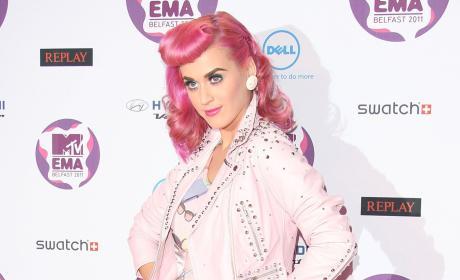 Katy Perry, Pink Hair