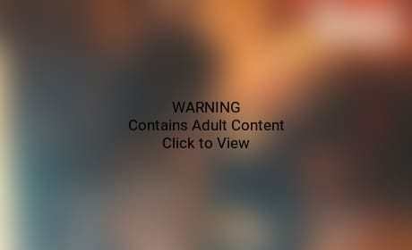 Miley Cyrus, Stripper Butt Grab