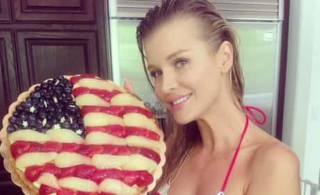 Joanna Krupa Loves America!